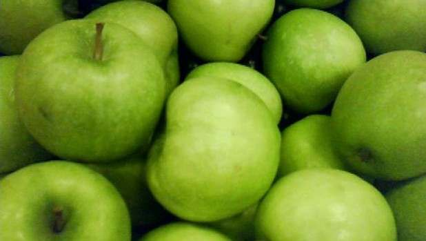 green-apples-pile[1]