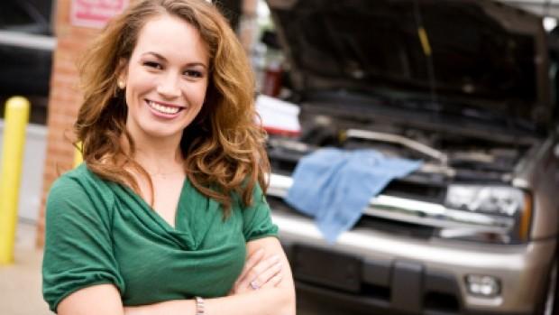 worcester-car-mechanic-lady
