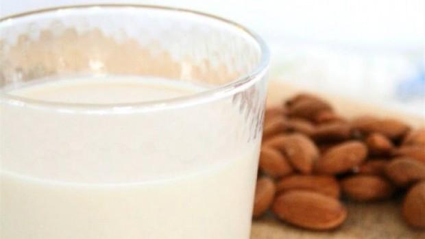 Almond-Milk-011-478x600