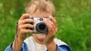 boy-taking-photo