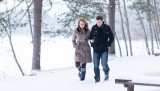 PHOTO-Sander-Taats-couple-winter-snowing-1