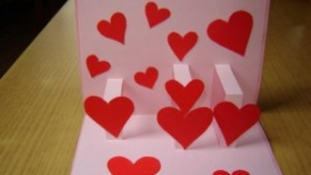 Pop-up-greeting-card-with-hearts-300x225