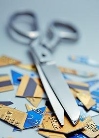 credit-card-control-cut-scissors