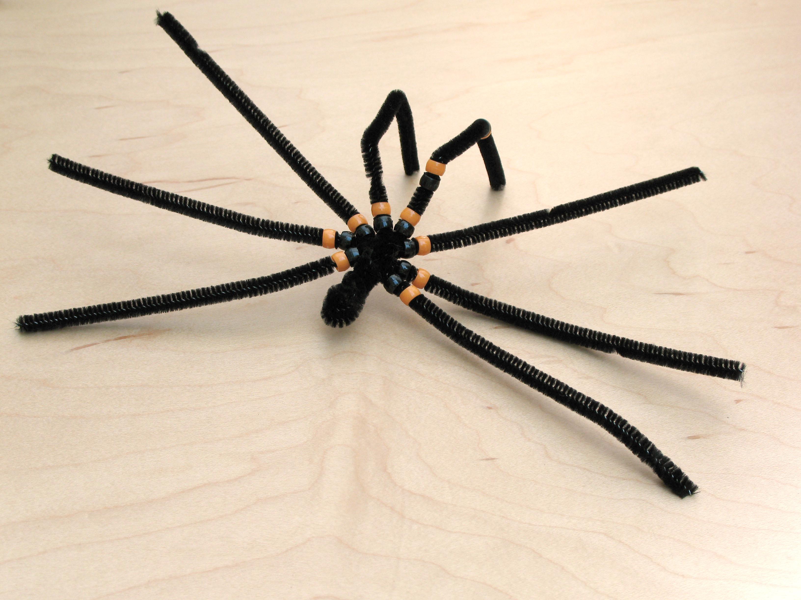 Как сделать паука руками 311