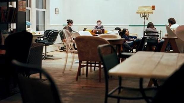 l_7069_cafe-london