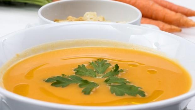 carrots-soup-2157199_640