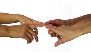 hands-3065671_640