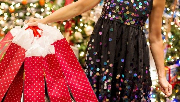 christmas-shopping-3823673_1920