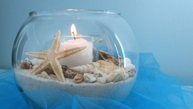 decorating-glass-candle-holders-gold-fish-bowl-sea-shells
